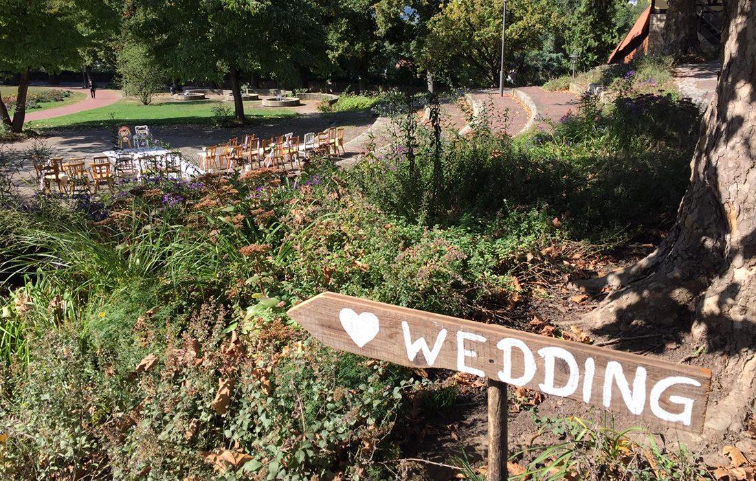 wedding-schild-herzundbluete